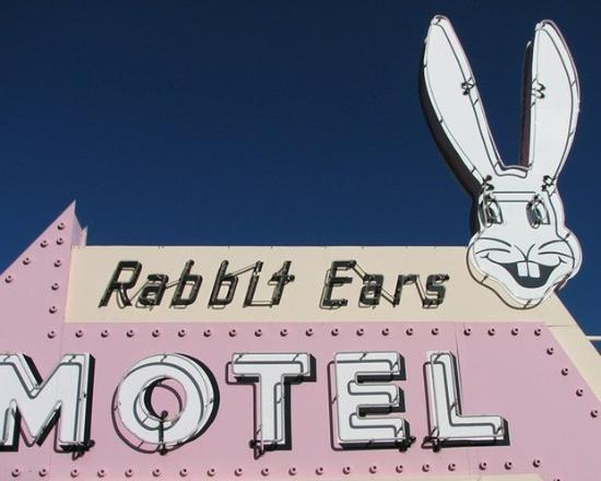 Rabbit Ears Motel: Rabbit Ears Sign