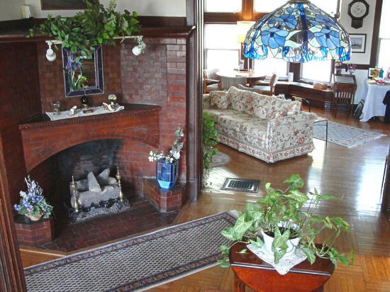 Stonewall Jackson Inn: Lobby