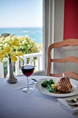 Little River Inn: Dinner in the Wisteria Room