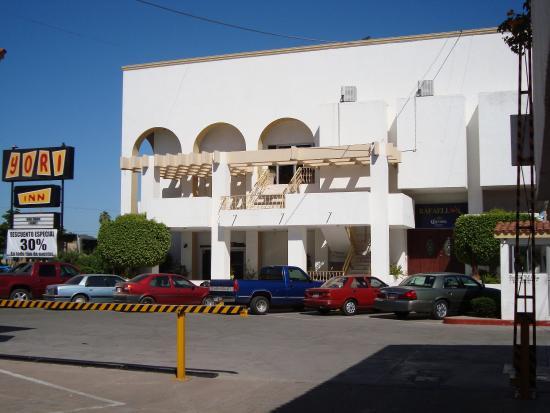 Yori Inn : Parking Lot