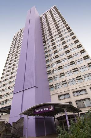 Premier Inn Manchester City Centre (Arena/Printworks) Hotel: Exterior