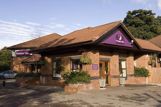 Premier Inn Liverpool (West Derby) Hotel