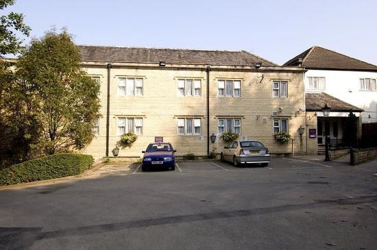 Premier Inn Stroud Hotel: Exterior