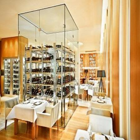 Jumeirah Frankfurt: Restaurant Max On One