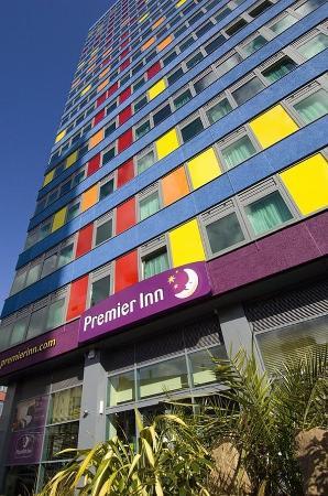 Premier Inn Leicester City Centre Hotel Exterior