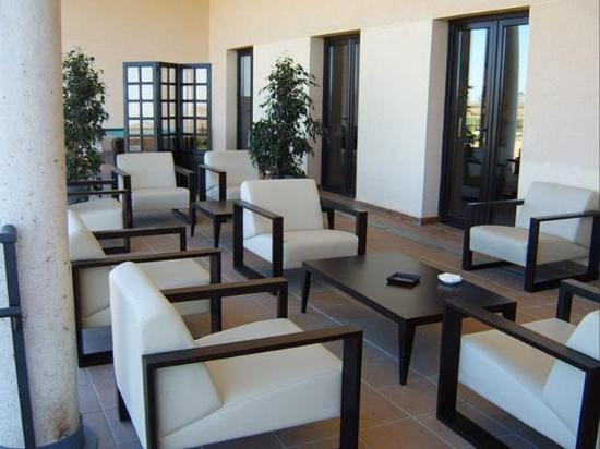 Hotel Maria Jimena: Lobby
