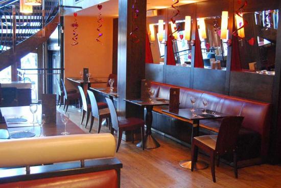 ماديسونز هوتل: Restaurant