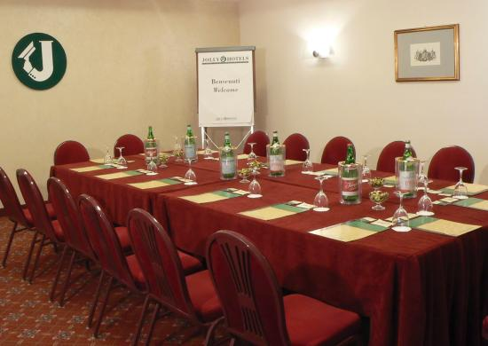 Hotel Royal Caserta : meeting room