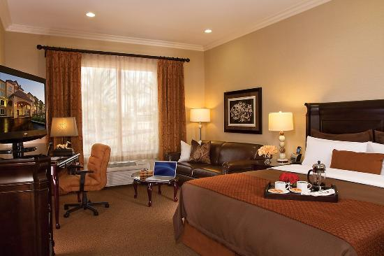 Ayres Hotel & Spa Moreno Valley: Deluxe King