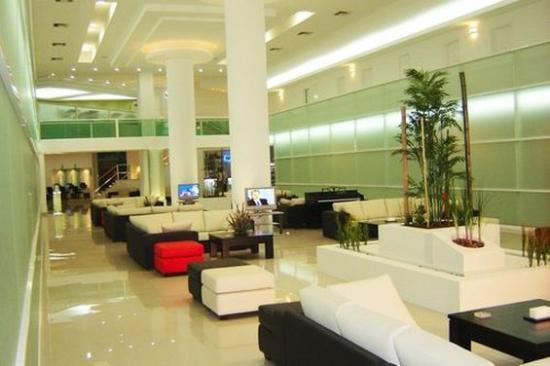 Hotel Los Cocos: Lobby