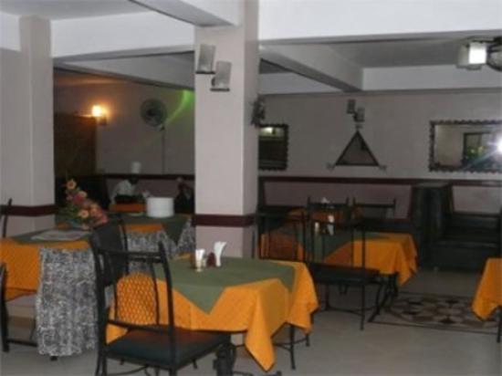 Hotel Kipepeo: Interior