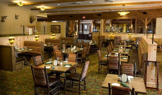 Hope Lake Lodge & Conference Center: Acorn Grill