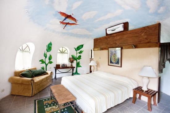 Condotel Las Cascadas: Domo Honeymoon Suite