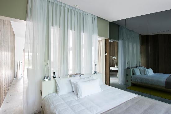 Hotel Sezz Saint-Tropez: Suite With Pool
