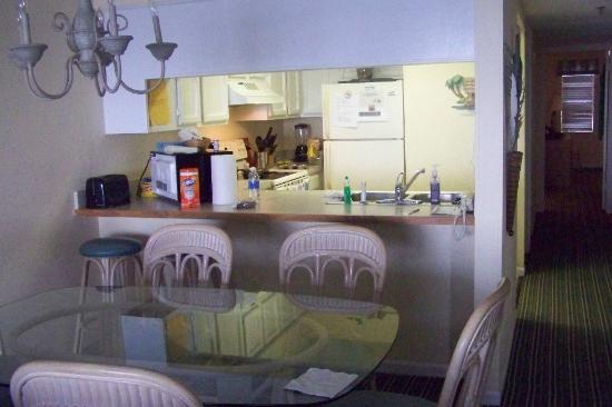 Windy Shores II Kitchen Dining Area