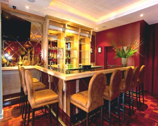 The Winston Hotel: Bar