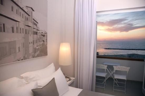 Gordon Hotel & Lounge: Guest Room