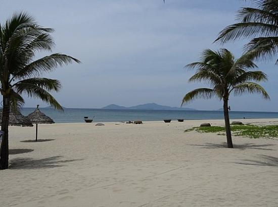 Boutique Hoi An Resort: Boutique Private Beach