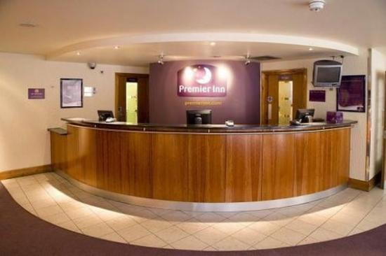 Premier Inn London Kew Hotel: Reception