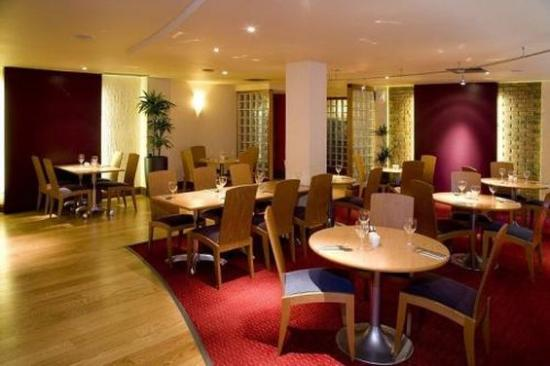 Premier Inn London Kew Hotel: Restaurant
