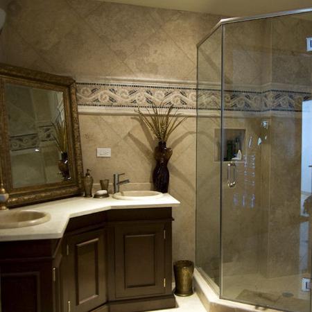 Las Olas Resort & Spa: bathroom 2