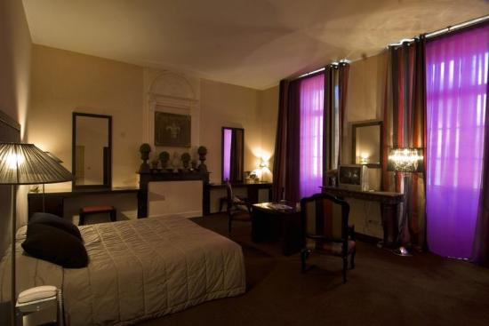 Hostellerie du Chateau de La Pomarede: Suite Chateau