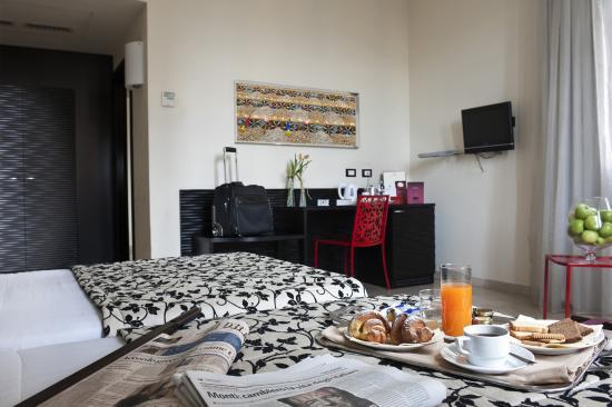 Hotel Garibaldi: Twin Room