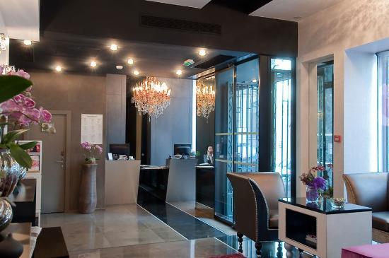 Grand Hotel Saint-Michel: Reception