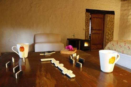 Hotel Hacienda Coyotes: In Room Amenities
