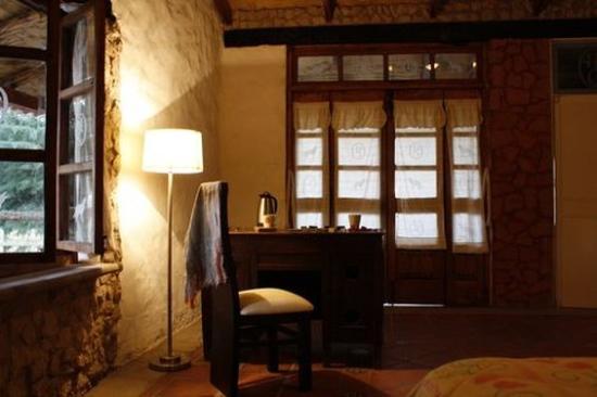 Hotel Hacienda Coyotes: Guest Room