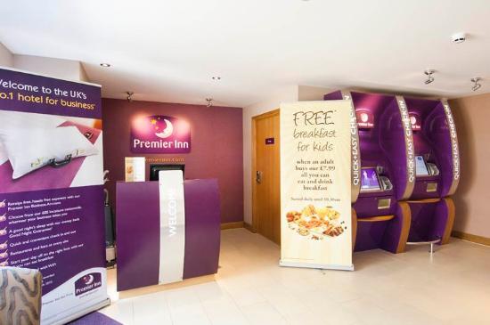 Premier Inn Ramsgate (Manston Airport) Hotel: Lobby