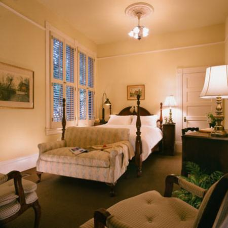 The Upham Hotel & Country House: Santa Barbara Queen Room