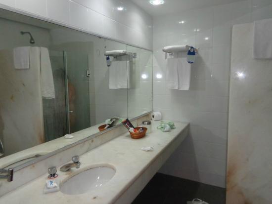 Hotel Sesc Copacabana: banheiro grande