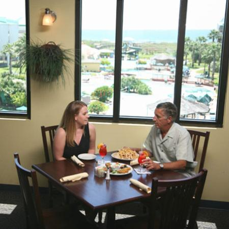 Port Royal Ocean Resort & Conference Center: Port Royal Restaurant