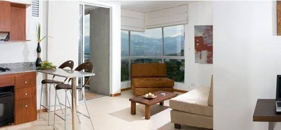 Atlantis Suites: Guest Room