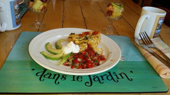 Saratoga Inn: Breakfast