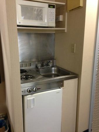 Micro Stove Sink Fridge Combo Picture