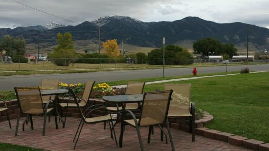 Super 8 Bozeman : Terrace with nice view