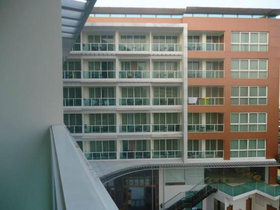 Centara Nova Hotel & Spa Pattaya: View from the room balcony.