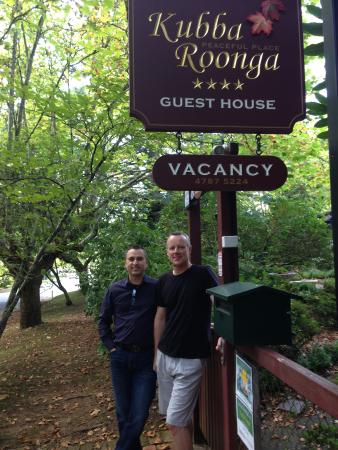 Kubba Roonga Guesthouse: Our lovely hosts.