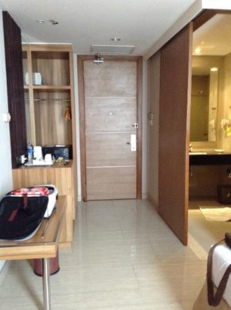 Verona Palace Hotel: door entrance