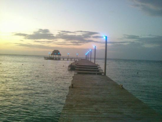 Foto de mia reef isla mujeres isla mujeres piscina del for Piscina isla leon