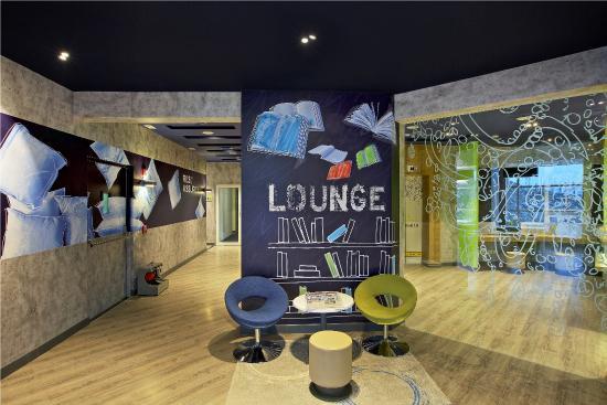 cafe f1 picture of hotel formule1 pune pimpri pimpri chinchwad tripadvisor. Black Bedroom Furniture Sets. Home Design Ideas