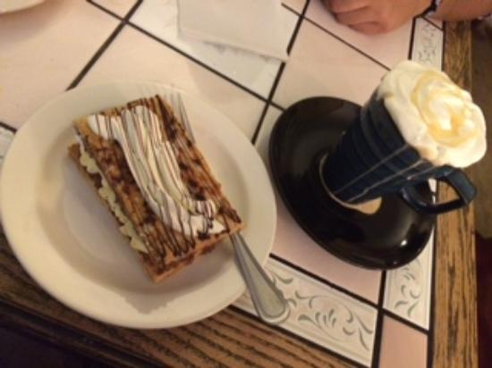 Mille-Feuille & White Chocolate Mocha