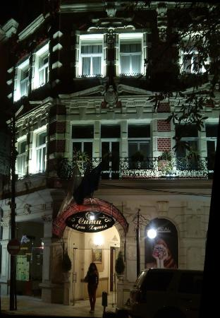 Late night arrival at City Art Hotel in Rouse, Bulgaria