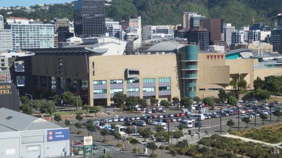 Bay Plaza Hotel: uitzicht naar museum Te Papa