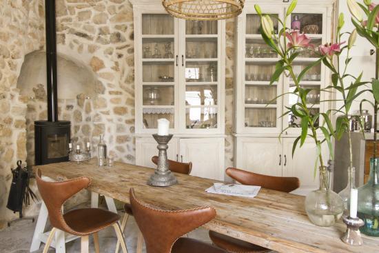 Lloseta, Espagne : Kitchen table