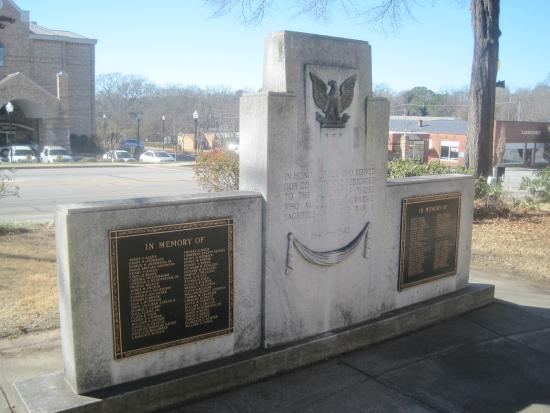 World War II Memorial, Memorial Park, Newberry, SC, Jan 2015