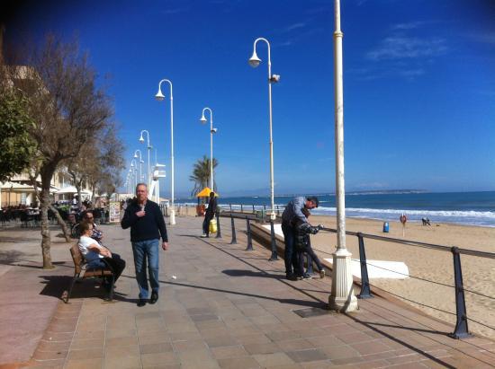 Eden Mar: Guardamar beach in February, 10 minutes walk from hotel