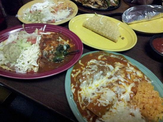 El Potro Mexincan Restaurant: Mexican combination place, very tasty and at a great price.